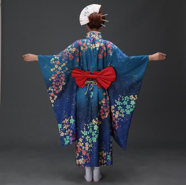The Kimono and other Japanese clothing
