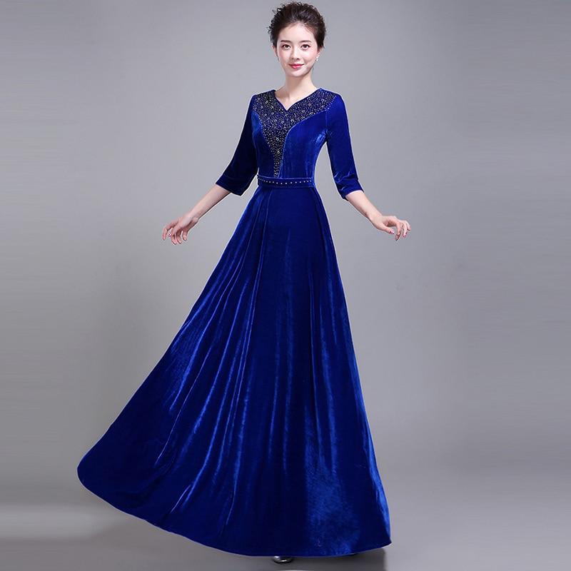 809f2fa6dc4 Весна-осень 2018 Большие размеры женские золотые бархатные Половина рукавами  длинное платье поставить на большой