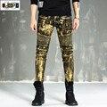 Moda pintado mens biker jeans rasgados pantalones flacos plisado retro hip hop denim motocicleta joggers pantalones masculinos para hombres