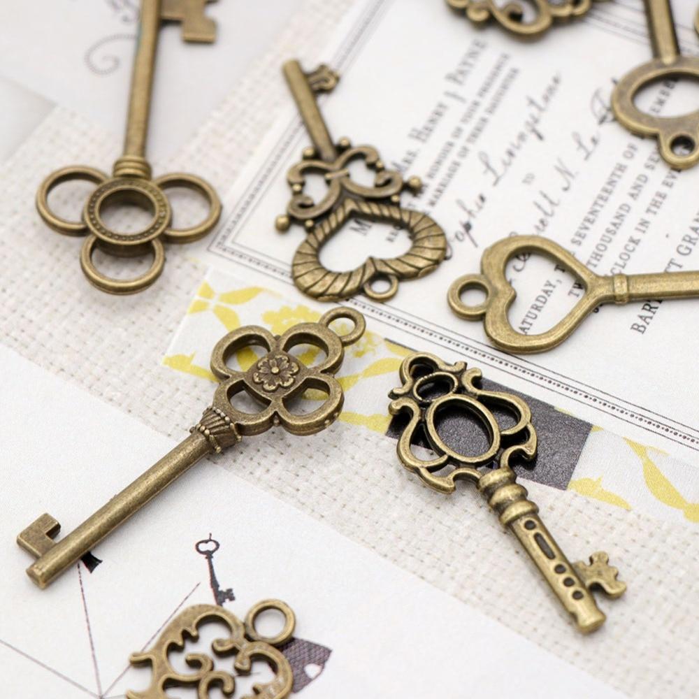 OurWarm 17PCS Vintage Old Look Skeleton Keys for Crafts Wedding ...