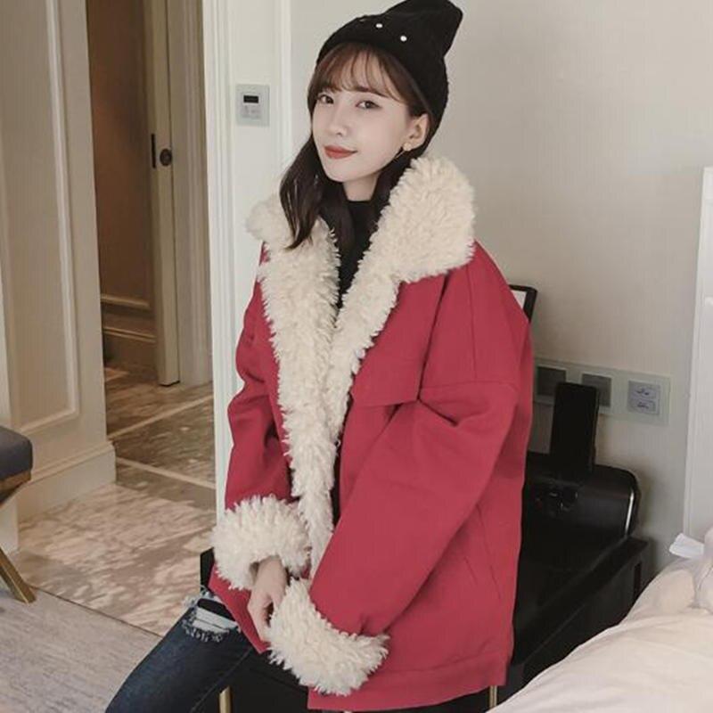 Fashion Lambs Wool Jacket Women Fur Collar Women Jackets Red Beige White Cotton Padded Winter Jacket Women Soft Warm Parka C5028