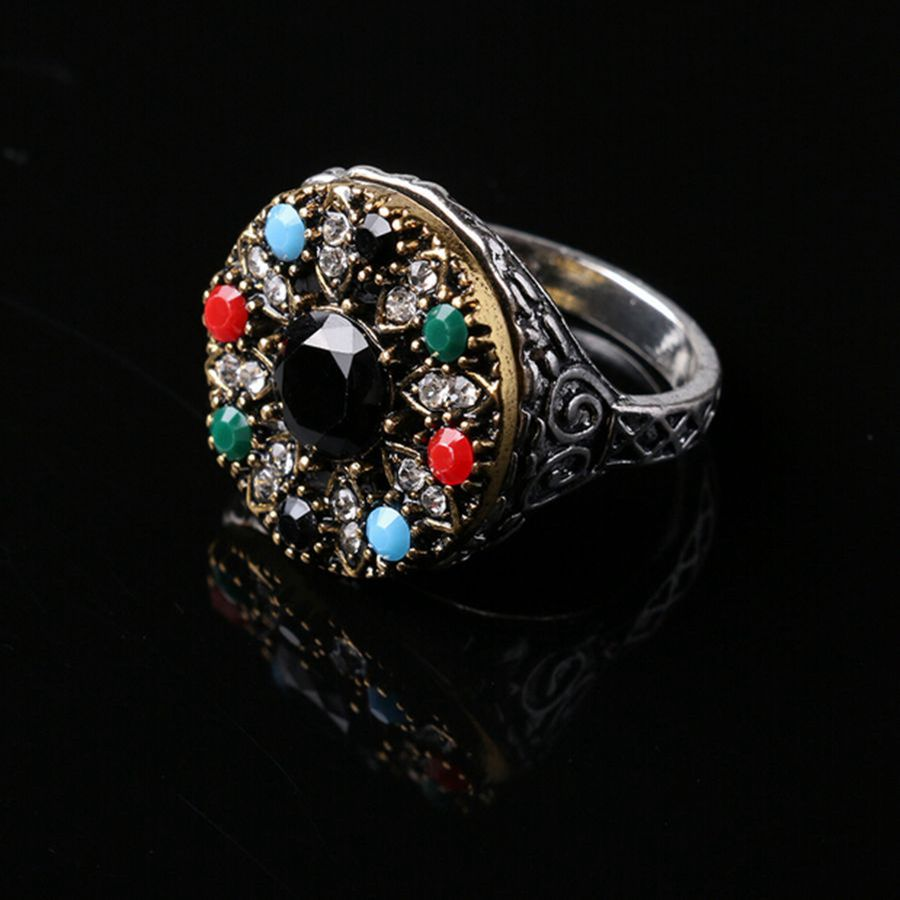 Unique Design Bohemia Style Green Emerald Ring Vintage Jewelry Fashion Ruby Red Stone Rings For