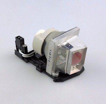 цена на POA-LMP133 / CHSP8CS01GC01 Replacement Projector Lamp with Housing for SANYO PDG-DSU30