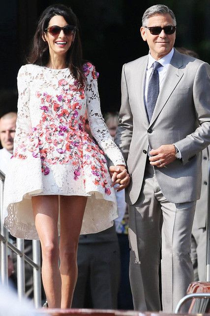 Amal Alamuddin Scoop Short mini Asymmetrical Celebrity Dresses With long sleeves lace multicolored appliques Prom Evening Gown