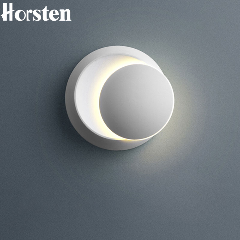 Nordic Modern Simple LED Wall Lamp 5W Creative Bedside Lamp Adjustable Wall Lights For Living Room Bedroom Aisle 110-240V modern minimalist 9w led acrylic circular wall lights white living room bedroom bedside aisle creative ceiling lamp