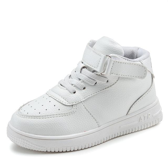 Blanco zapatillas de deporte de alta calidad de los niños niños y niñas casual shoes shoes invierno de los estudiantes de cuero marca de alta tubo junta shoes