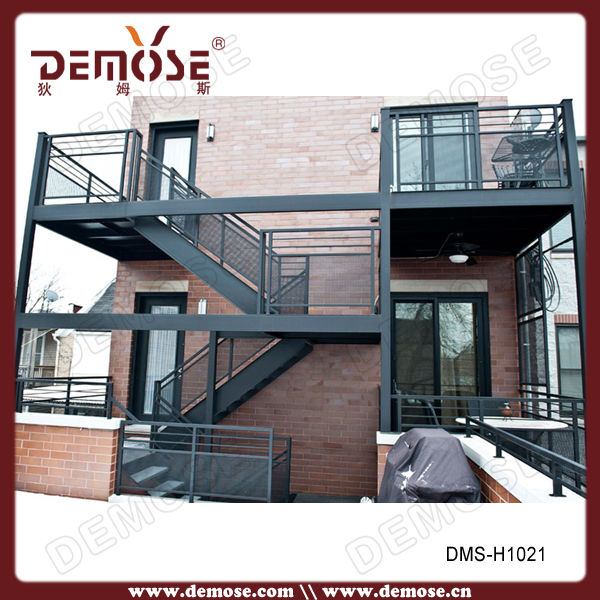 Used Outdoor Wrought Iron Staircase Design Design Cable | Outdoor Steel Staircase Design | Steel Framed Exterior | Indoor | Vertical Wire Balustrade | Prefabricated Steel | Stair Handrail