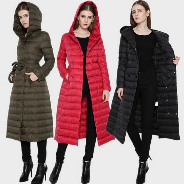 f9bc3a3196e80 Chaqueta de plumón de pato Ultra ligera para mujer europea abrigo de  invierno Extra largo con
