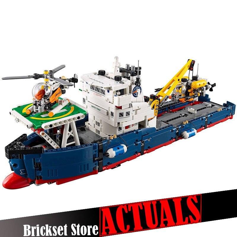 LEPIN 20034 Ocean Explorer Technical Model Building Blocks Bricks Toys For Boys oyuncak 1347PCS Compatible with legoINGly 42064 1347pcs techinic 2in1 ocean explorer