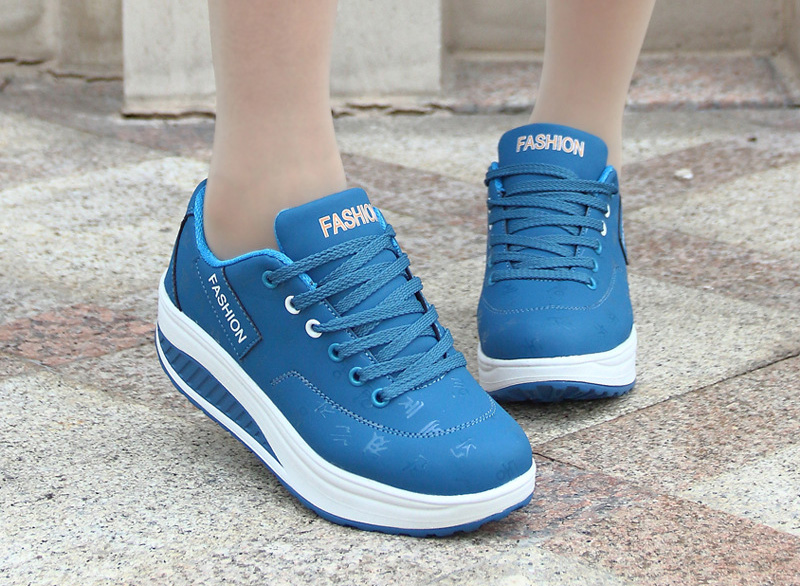 HTB1C7.8qFuWBuNjSszbq6AS7FXaY Akexiya Fashion Women Height Increasing Summer Breathable Waterproof Wedges Sneakers Platform Shoes Woman Pu Leather Casual Shoe