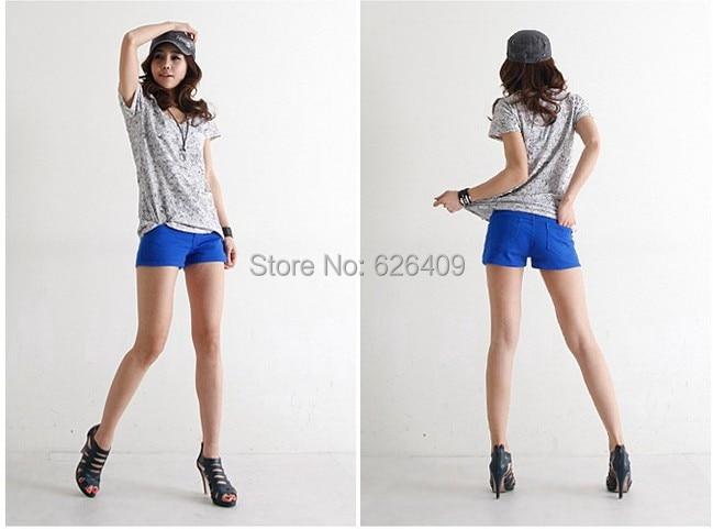 Beautiful Asian girls in shorts want