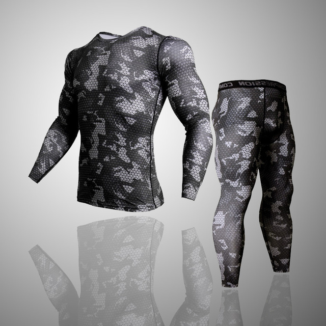 Army camouflage Thermal Underwear Tracksuit  1