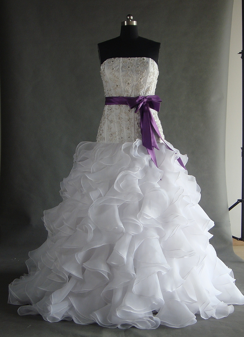 Wedding Dresses 2015 White Purple Sashes Strapless Neck Sleeveless Ball Gown Floor Length Organza Custom Dress In From Weddings Events On