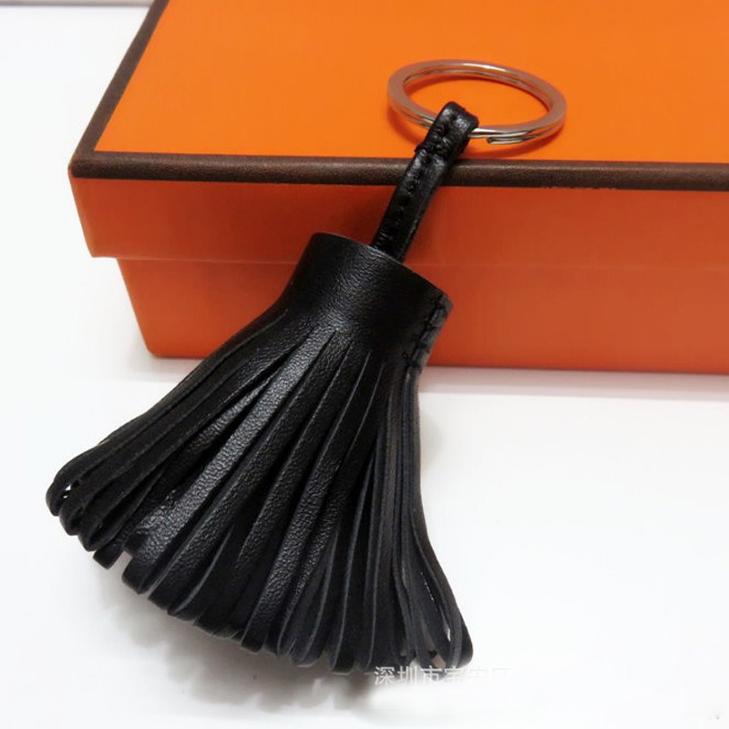 Luxury Personalized Handmade Real Leather Tassel Keychain Metal Keyring Women Bag Charm Accessory Handbag Key Chain Car Pendant