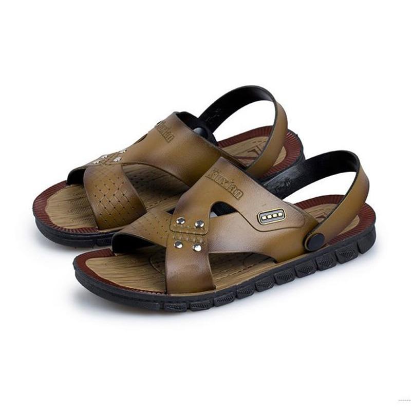 Antiskid mens cool slipper mens sandals casual Korean comfortable Magic buckle breathable beach sandals men