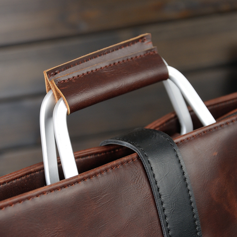 2019 Designer Men's Briefcase Vintage Shoulder Bags Crazy Horse Leather Crossbody bags Business Laptop Handbag Men travel bags