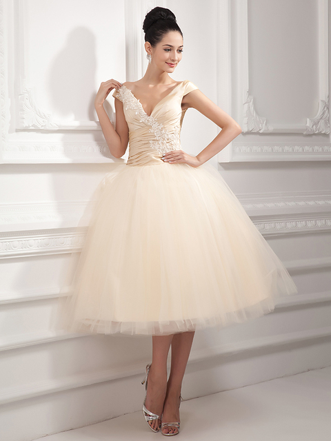 2019 Vintage Short Tea Length Champagne Wedding Dresses Ball Gown Cap  Sleeves 1950s Women Informal Puffy a53832f74788