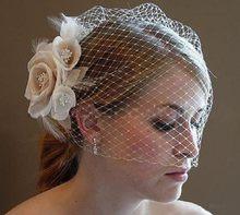 Moda nupcial net pena chapéus chapéu branco véu nupcial flor penas fascinator noiva rosto véus casamento noiva chapéus 2021