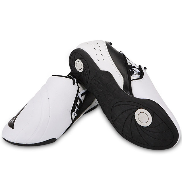 2016 new brand Child Adult PU leather Breathable Wear-resistant Taekwondo shoes kicking boxing Shoes karate Shoes