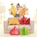 Simulação 3d vermelho amarelo verde das folhas de bordo plum casa curto plush sofá criativo almofadas de pelúcia travesseiro recheado