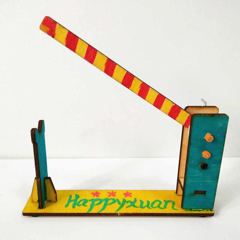 Happyxuan Anak-anak DIY Model Ilmu Penemuan Kit Handdrvien Barrier Gate Anak-anak Kerajinan Kayu Perakitan Fisika Menyenangkan Mainan Teknologi