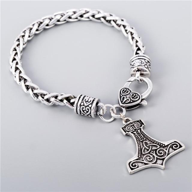 Celtic Women Silver Bracelet