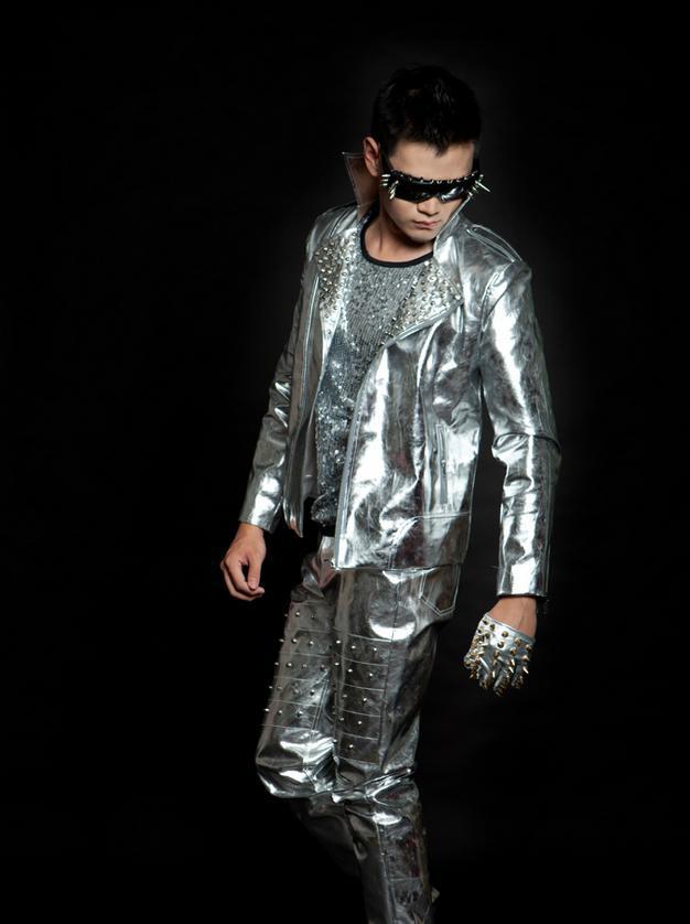 hot sale online 387cc 125fc US $60.04 24% di SCONTO|Argento nero rivetti moda roccia moto giacca in  pelle da uomo singer mens giubbotti e cappotti di cuoio personalizzato ...