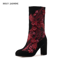 2019 autumn and winter new Fashion retro ladies embroidered hight heel boots black national wind