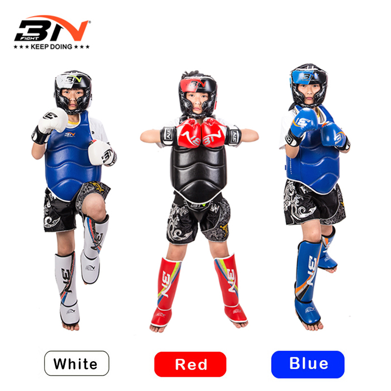 3PCS/Set KidsTeenager Boxing Gloves Shin Guard Headgear For Taekwondo Muay Thai Kick Boxing For 6-10 Ages Boxing Kids Set wesing aiba approved boxing gloves 12oz competition mma training muay thai kickboxing sanda boxer gloves red blue