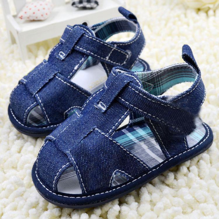 5fa83969a Los niños descalzo recién nacido sandalias Bebé Zapatos Bebé caliente niño  niña algodón geometría sandalias de verano Anti deslizamiento suave de la  PU en ...