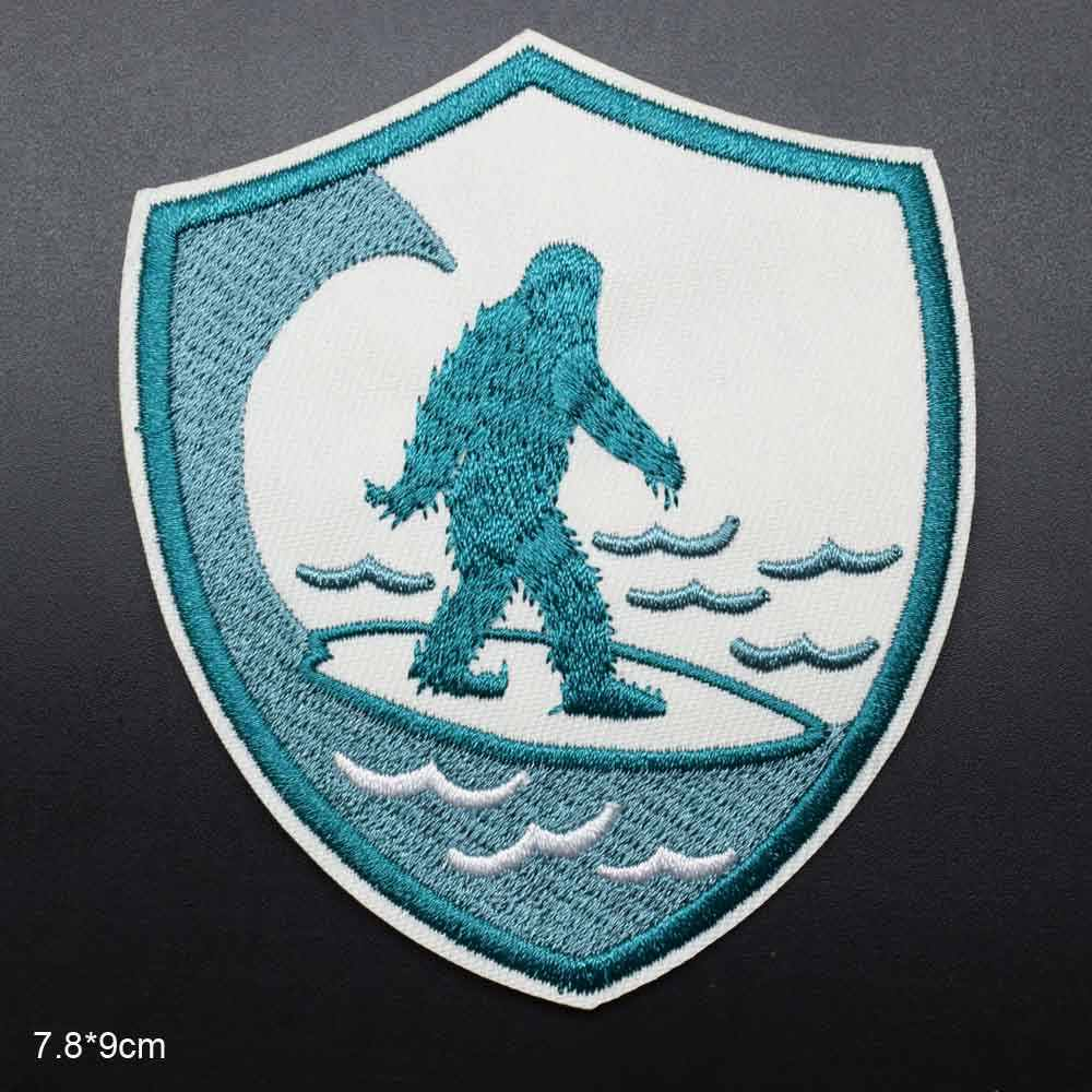 Big Foot Snowman Iron On Embroidered Clothes Patches For Clothing Stickers Garment Wholesale