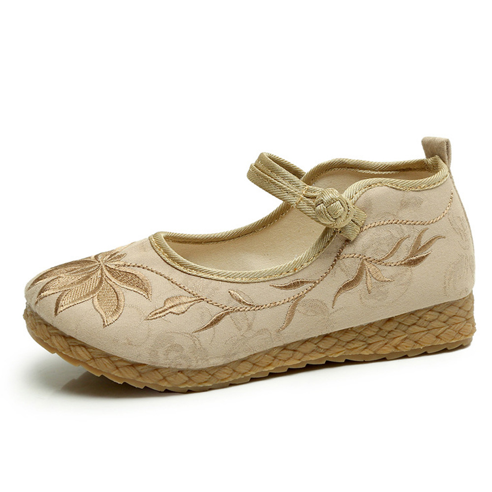 New 2018 Fashion Flats Casual Flat Spring Spring Old Peking Women Shoes Chinese Embroidered Flat Shoes Comfortable Soft Shoes vintage embroidery women flats chinese floral canvas embroidered shoes national old beijing cloth single dance soft flats
