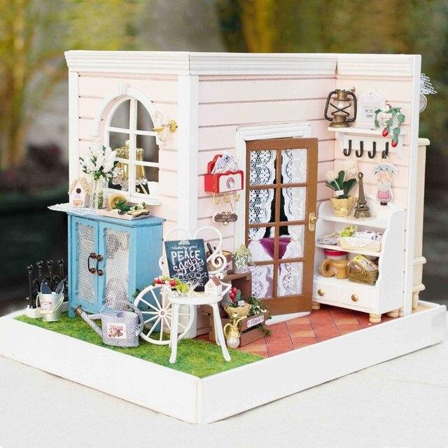 Новый Cuteroom DIY 3D Деревянный Кукольный Домик Счастливое Время Ручной Работы Украшения Модель с LED Light Лучший Подарок Для Детей Девочек