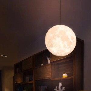 Image 3 - Новое поступление подвесной шар 13 20 см 3D Лунная лампа с дистанционным управлением RGB светодиодный ночсветильник USB лунное освещение деревянная подставка