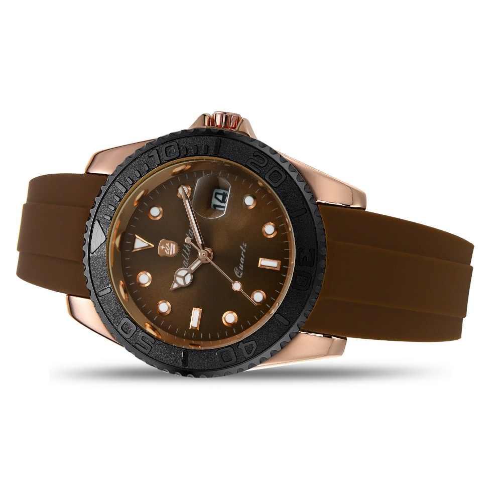 Мужские наручные часы в магазине в Новосибирске