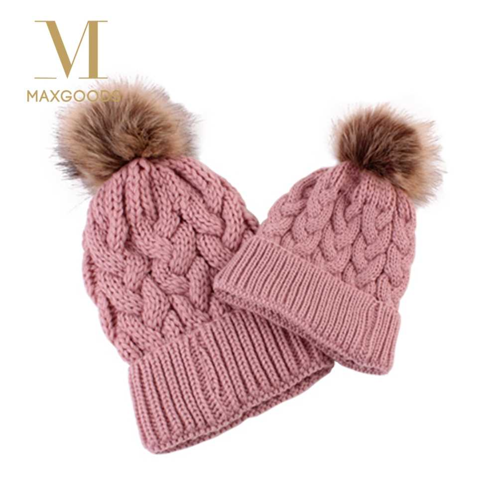 ed4f2deb37b Mom And Kids Winter Warm Chunky Fur Pom Pom Bobble Crochet Knit Hat Funny  Raccoon Beanie
