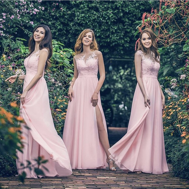 Hot Sale Sweetheart Sheer Neck A-Line Side Slit Long Lace Applique Chiffon Bridesmaid Dresses Cheap Court Train Bridesmaid Gowns