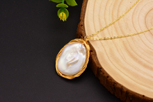 Silver Natural Freshwater Pearl Pendant Necklace