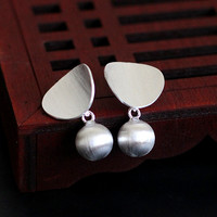 Character Silver Fashion Handmade Lady S925 Silver Jewelry Wire Drawing Ball Ear Studs Star With The