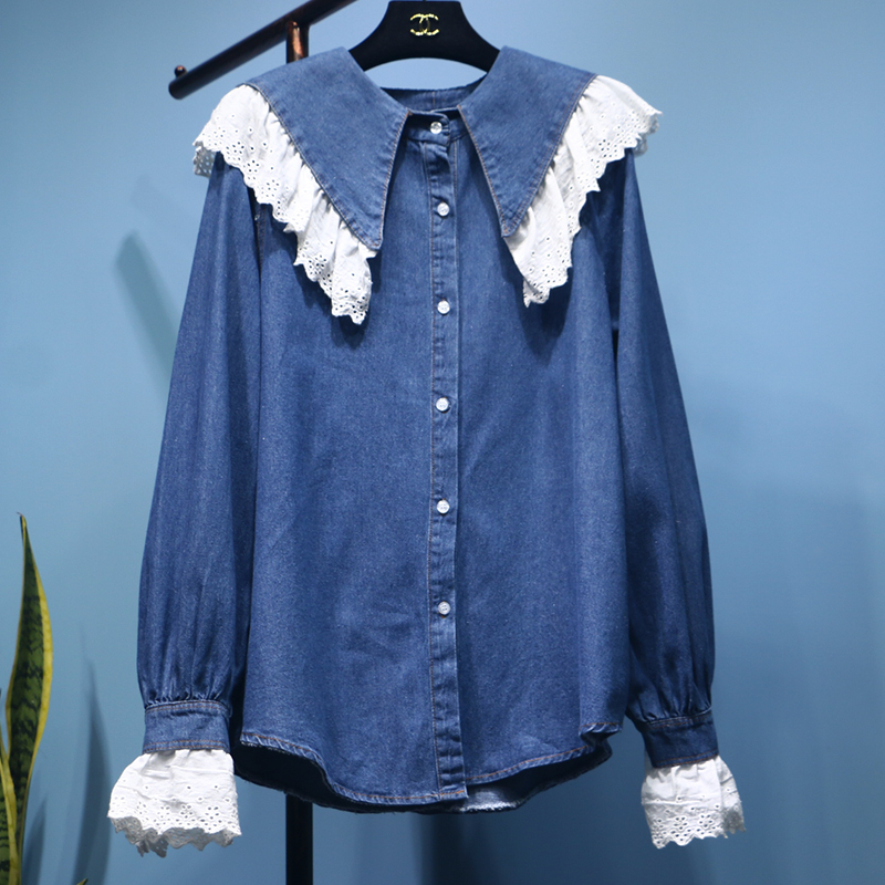 2019 New Spring and Autumn Women's Hollow Lace Doll Collar Jeans Shirts Students Leisure Denim Shirts Loose Tops