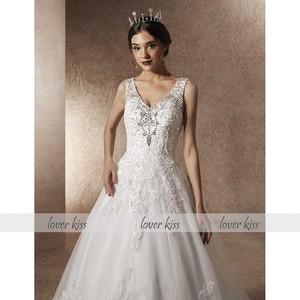 Image 4 - Amante beijo vestido de noiva de luxo com trem a linha strass pérolas v pescoço laço vestido de noiva robe de mariage