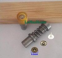 Маневренный кнопку плесень. металлические защелки установка инструменты Металл rivets.9.5mm с металлическими защелками. пресс-Формы, Пресс-Маши...