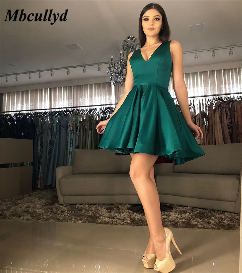 Mbcullyd Dark Green Short Mini Prom Dresses 2019 Sexy V-neck Backless Graduation Party Gowns Cheap Plus Size Vestidos De Festa