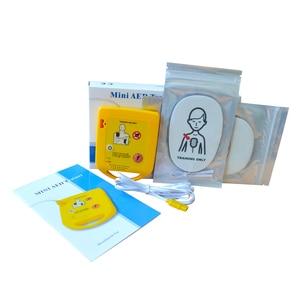Image 2 - מיני AED אוטומטי Cardiopulmonary דפיברילטור החייאה הדרכה העזרה הראשונה מכשיר בספרדית + 1 החייאה מגן פנים