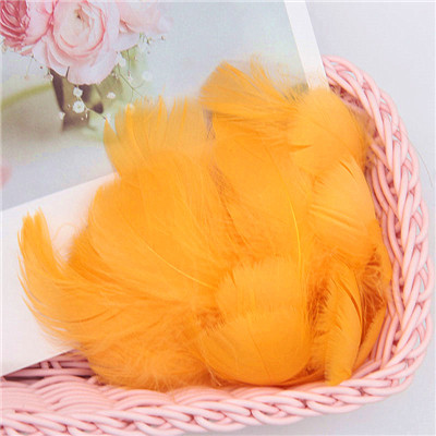 Разноцветные, 100 шт, гусиные перья, 8-12 см, гусиные перья, сценический шлейф, перья, промытый гусиный пух, пушистый шлейф для свадьбы, 3-4 дюйма - Цвет: gold