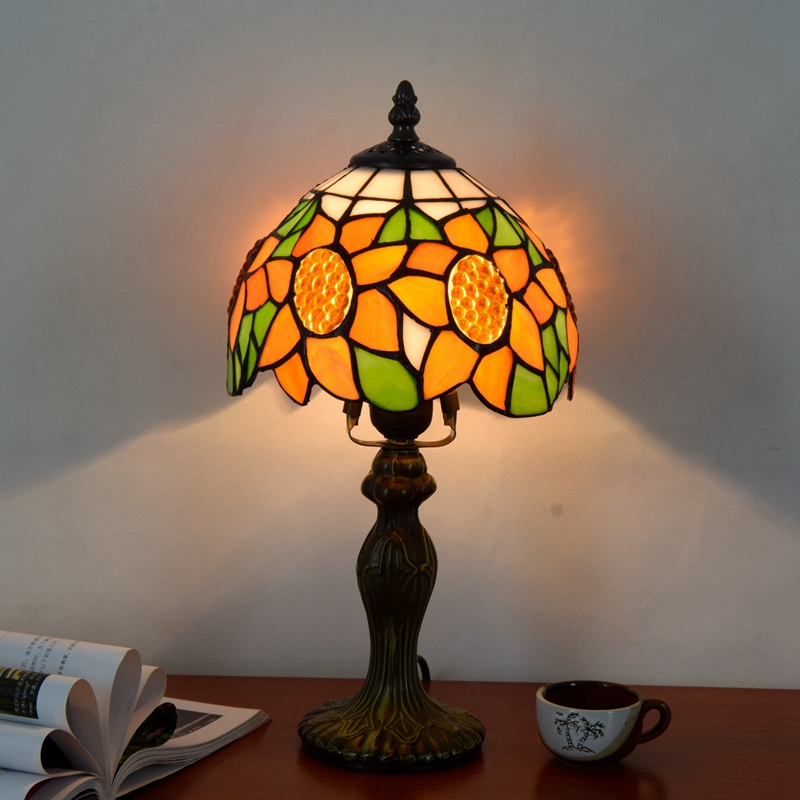 Originality Stained glass Sun flower desk lamp American Pastoral Countryside Hotel BarBedside LED lamp 110-240V Dia:20CM