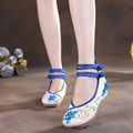 2016 Spring New Old Beijing embroidery shoes Vintage embroidered floral Canvas soft Dance walking pumps Size 345-40