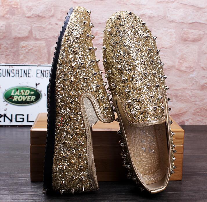Masculino Pour Marque Designer Spike Sociale 2 4 Mariage Sapato Robe Chaussure Paillettes Scintillantes Clouté Mocassins De 3 Chaussures Hommes 1 Rivet afvdwqvx