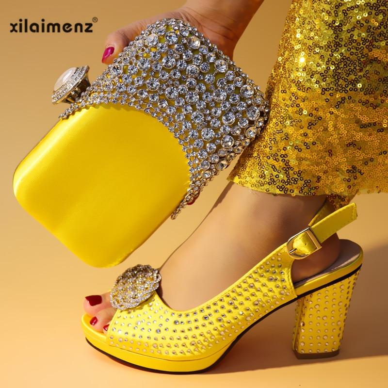 Et Avec Nouvelles Fuchsia Sac fuchsia 2019 Décoré Chaussures black Ensemble Femmes Assortis Pierre Pink yellow Italiennes Italien Sacs Rose Couleur Les yvN08Onmw