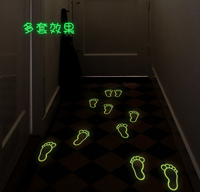 20*25cm night Light Luminous sticker home decor wall kids rooms Creative removable Cute guide Footprint rescue sticker Y0041